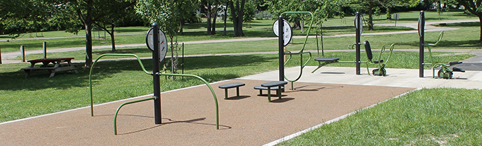 Outdoor Exercise Equipment Gallery Image 1