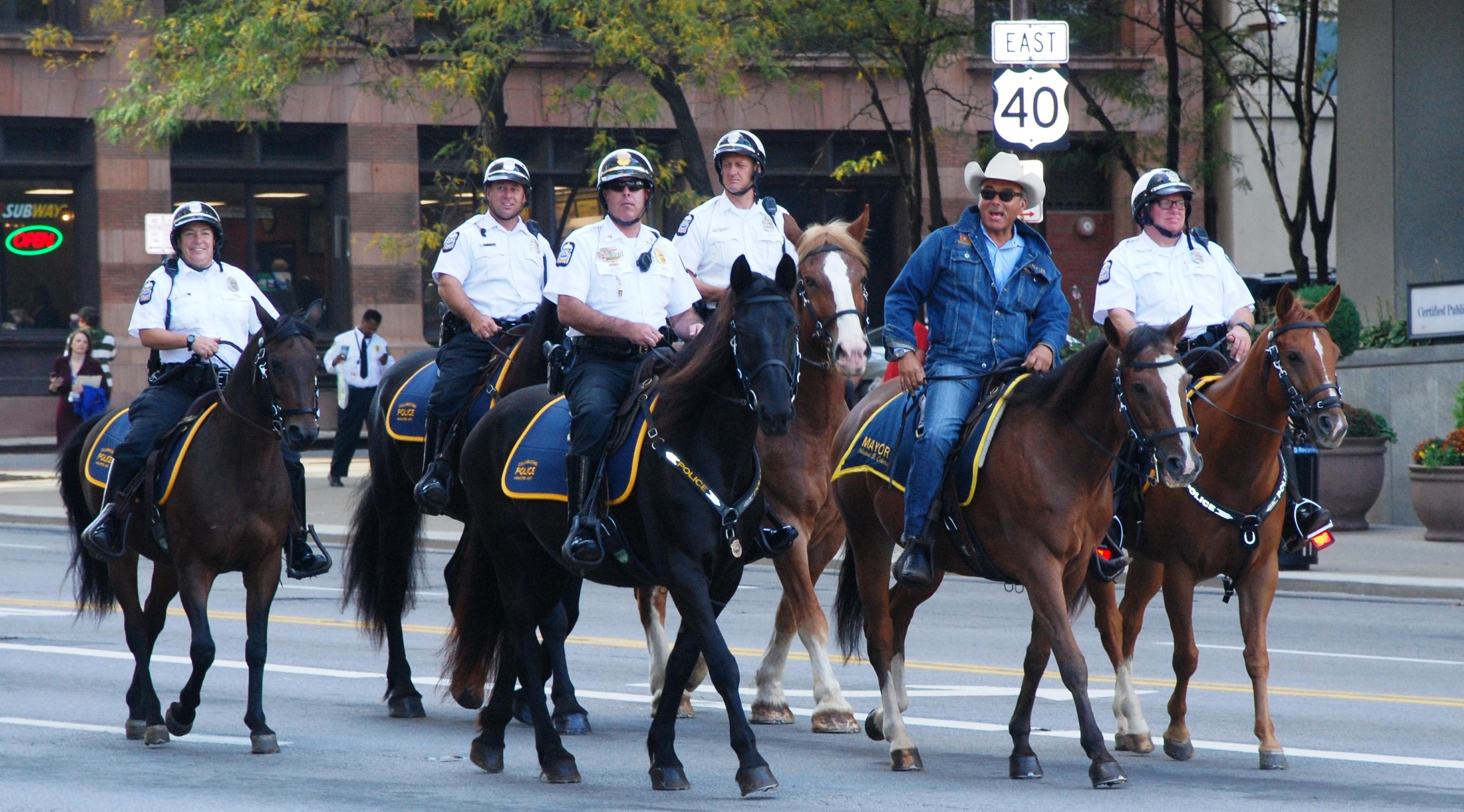 councilmember hardin helps open quarter horse congress